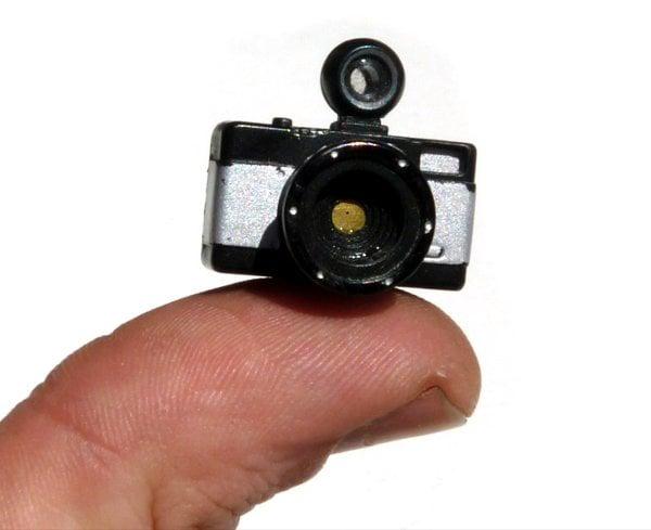 pinhole tiny lomo camera francesco capponi
