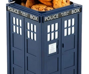 Love the New Doctor? Get a Tardis Cookie Jar!