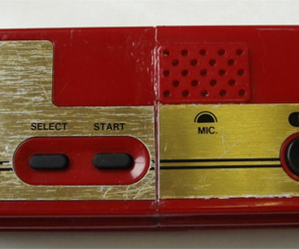 Guy Turns Famicom Controller Into a Wii-Mote