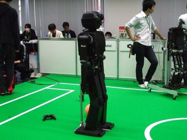 robots japan soccer robocup