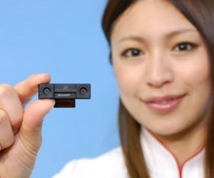 Sharp'S New 3d-HD Camera for Your Phone: Film Your Own Low-Budget Avatar