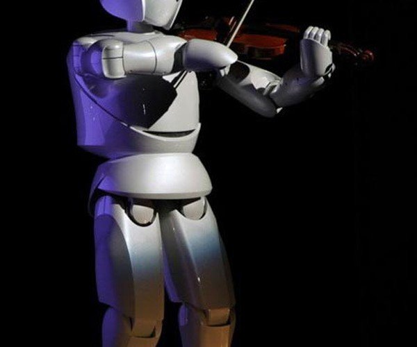 Toyota's Violin-Playing Robot Will Soon Play in a Symphony