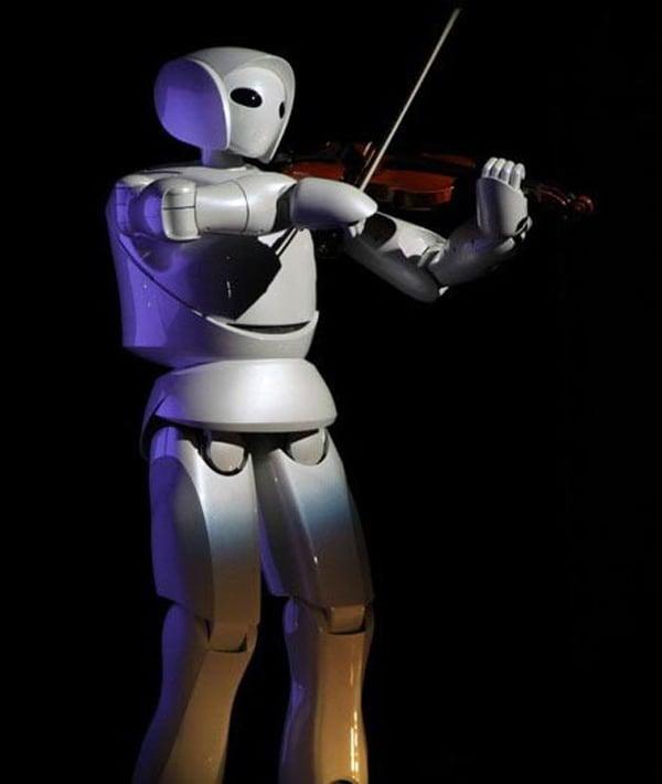robot music playing shanghai japan toyota violin