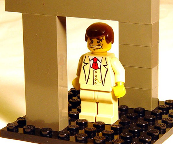LEGO Illusion: Poor Minifig Gets Escher'D