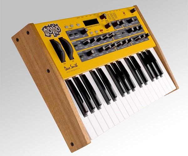 mopho analog synthesizer 3