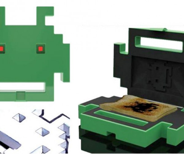 Space Invaders Toaster: Aliens Burnt My Breakfast