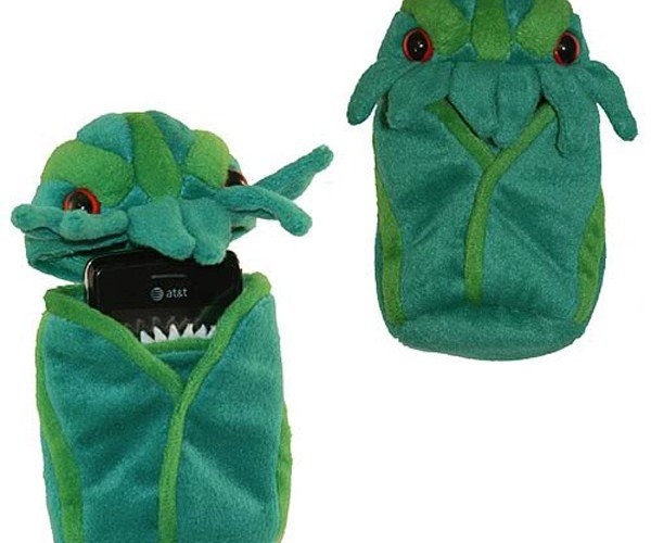 Plush Cthulhu Protects Your Phone Without Evoking Too Much Terror