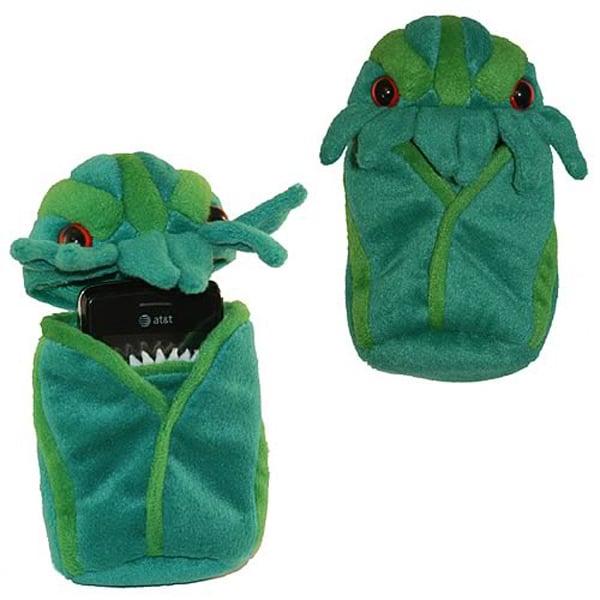cthulhu mythos lovecraft fun cozy phone pouch