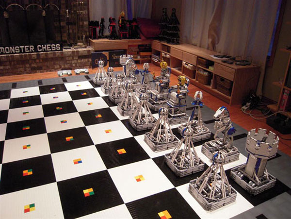 robot chess lego make fun