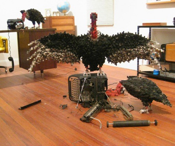 Shawn Smith'S Pixel Sculptures Combine 8-Bit World With Real World