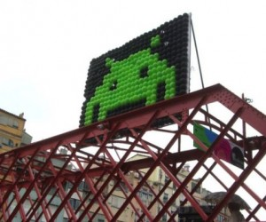 Space Invaders Balloon Art Pops Up in Spain