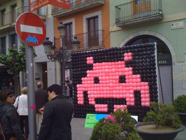 space invaders art girona spain elcolmado design
