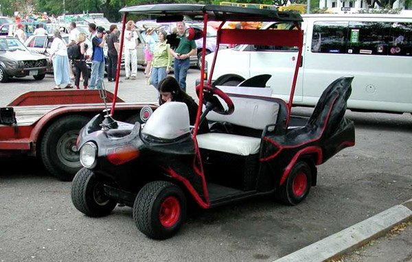 batman_golf_cart