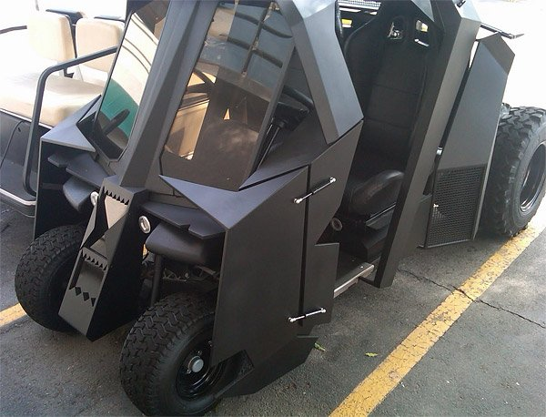batman tumbler golf cart 1