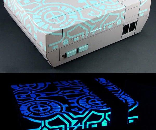 TRON-Themed NES Offers Glowy Goodness