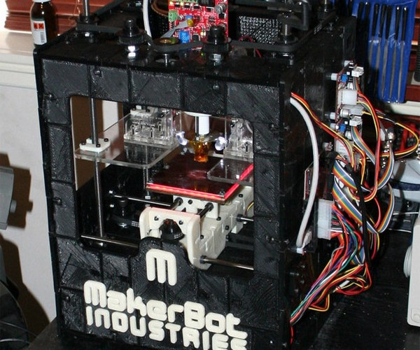 Makerbot Makes Another Makerbot: Skynet Not Far Behind