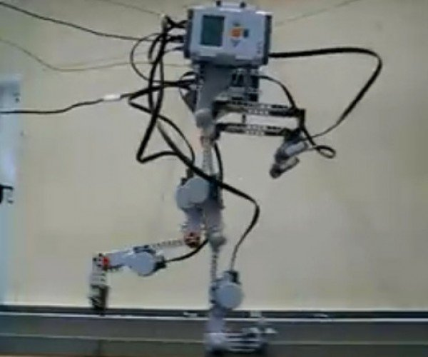 LEGO Mindstorms Walking Robot Legs: What'S Next, a LEGO Terminator?