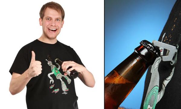 beerbot t-shirt geek wear bender futurama thinkgeek