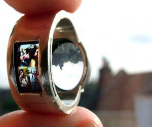 Ring Projector: Cool Wedding Ring, or Pocket Sized Bat-Signal?