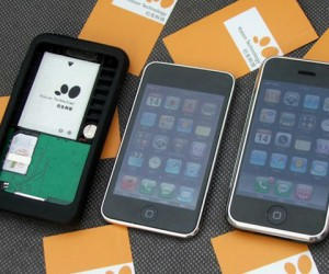 Convert Your iPod Touch Into an iPhone (Sorta.)