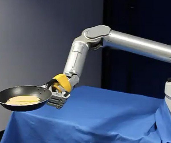 Pancake Flipping Robot is Flippin' Sweet