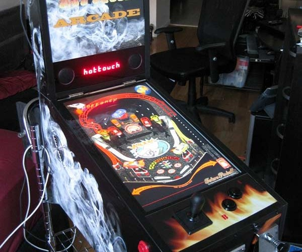 Hot Touch Arcade Emulator: Fake Pinball Machine Accepts Real Coins