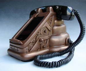 Steampunk iPhone Dock: Now We'Re Talking!