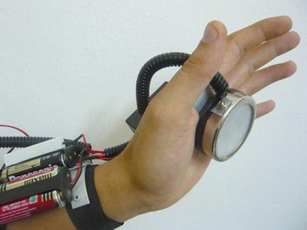 Как сделать руки железного человека своими руками