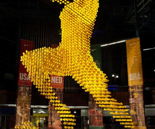 Giant Voxel Soccer Player Installation for Nike has Plenty of Balls