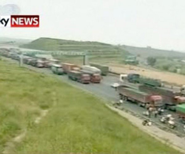 China's 9-Day Traffic Jam: the Chinese Do Everything Better!