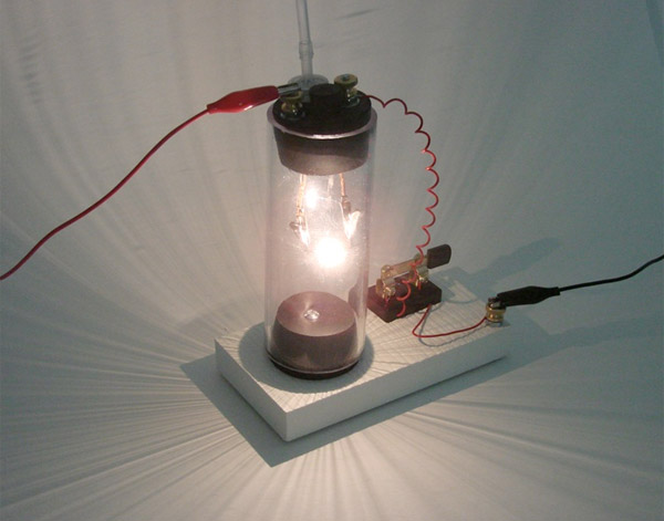 diy_make_your_own_lightbulb