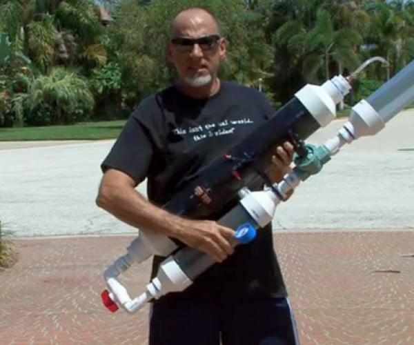 DIY T-Shirt Cannon: Pretend It'S Half-Time in Your Backyard Ballpark