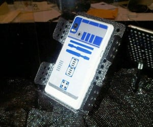 R2-D2 Droid 2 Phone Photo Surfaces at Star Wars Celebration V