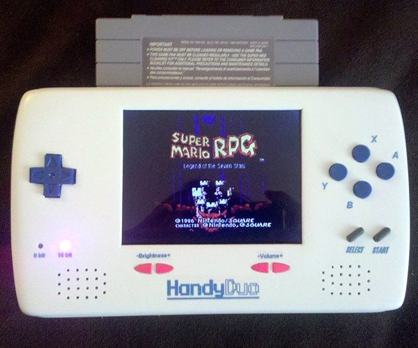 Homemade Handyduo NES/SNES Portable Looks Like a Real Thing