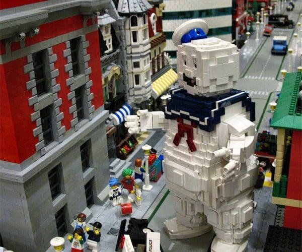 LEGO Stay Puft Marshmallow Man: Who Ya Gonna Call? Minifigs!