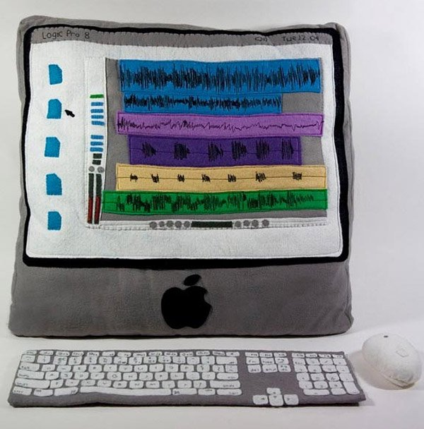 plush_imac_by_kerry_hughes_1