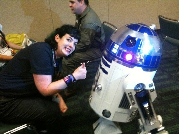 r2-d2_wedding_picture_2