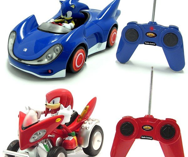 Sonic and Knuckles R/C Cars: Hedgehogs and Echidnas on Wheels