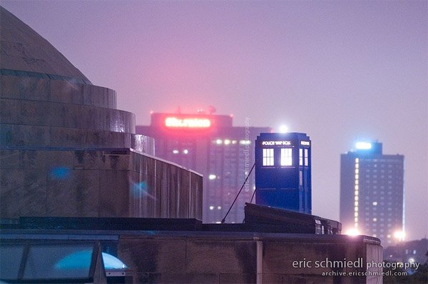 tardis_at_night_mit