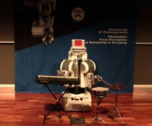 Upenn Pr2 Robot is the Loneliest Little One-Man (or One-Robot) Band