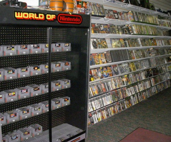 video_game_store_auction_1