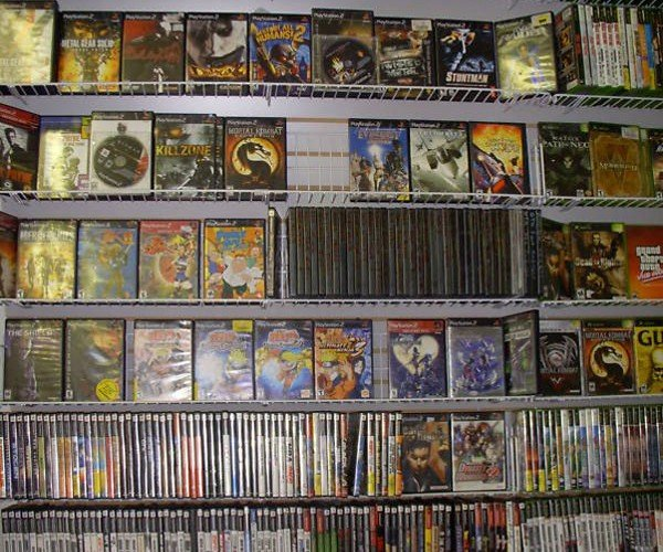 video_game_store_auction_2