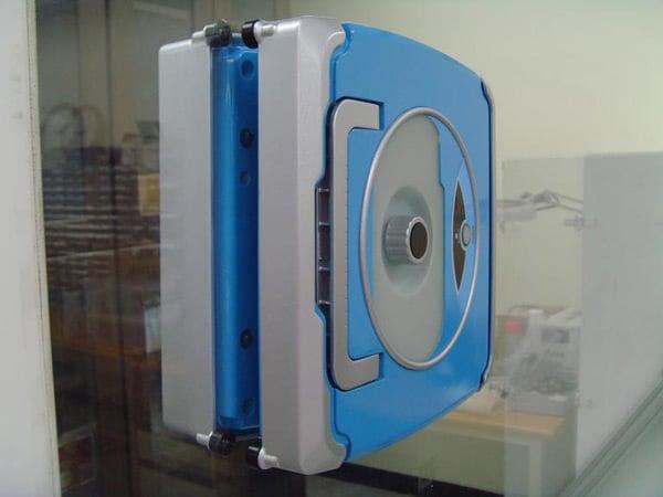 windoro robot south korea piro cleaning windows