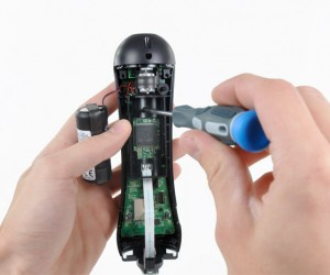 ifixit_playstation_move_disassembled_3
