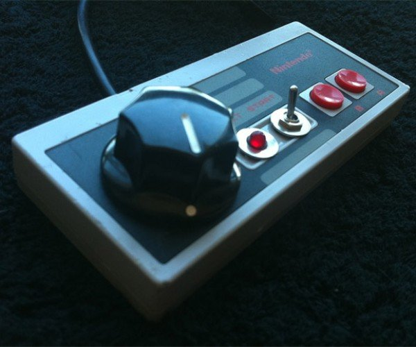 Nintendo Game Controller Synths Beep and Bleep Their Way Back From the Dead