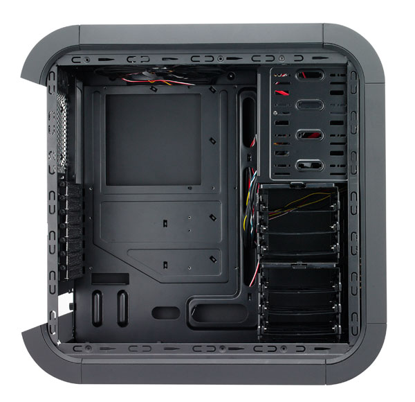 Bitfenix Survivor Computer Case is Cheap and Cool