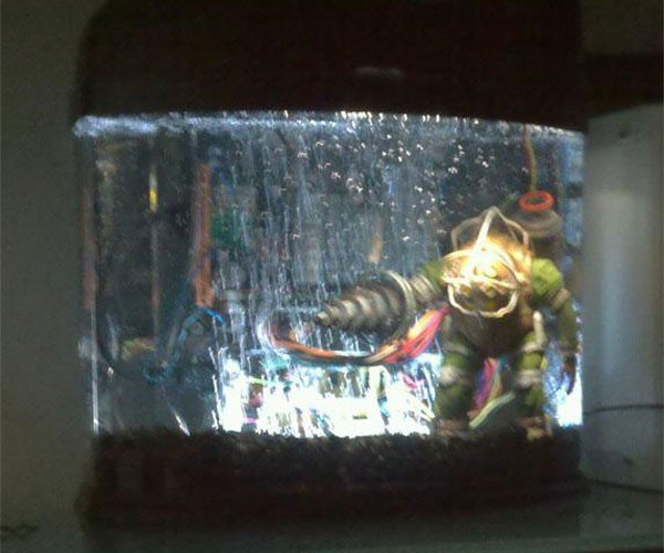 Geek Sinks Htpc in Mineral Oil for Bioshock Casemod