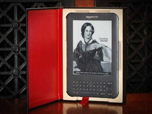 Kindle 2 Case: The Case For Kindle 3 Turns Your Ebook Into A Real Book