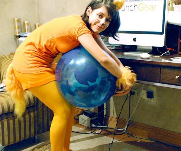 Firefox Halloween Costume: Gimme Some Mo, Zilla