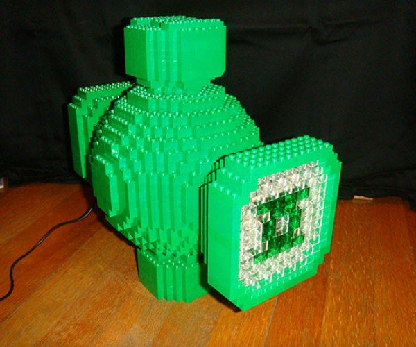 LEGO Green Lantern Power Battery: Arduino Inside